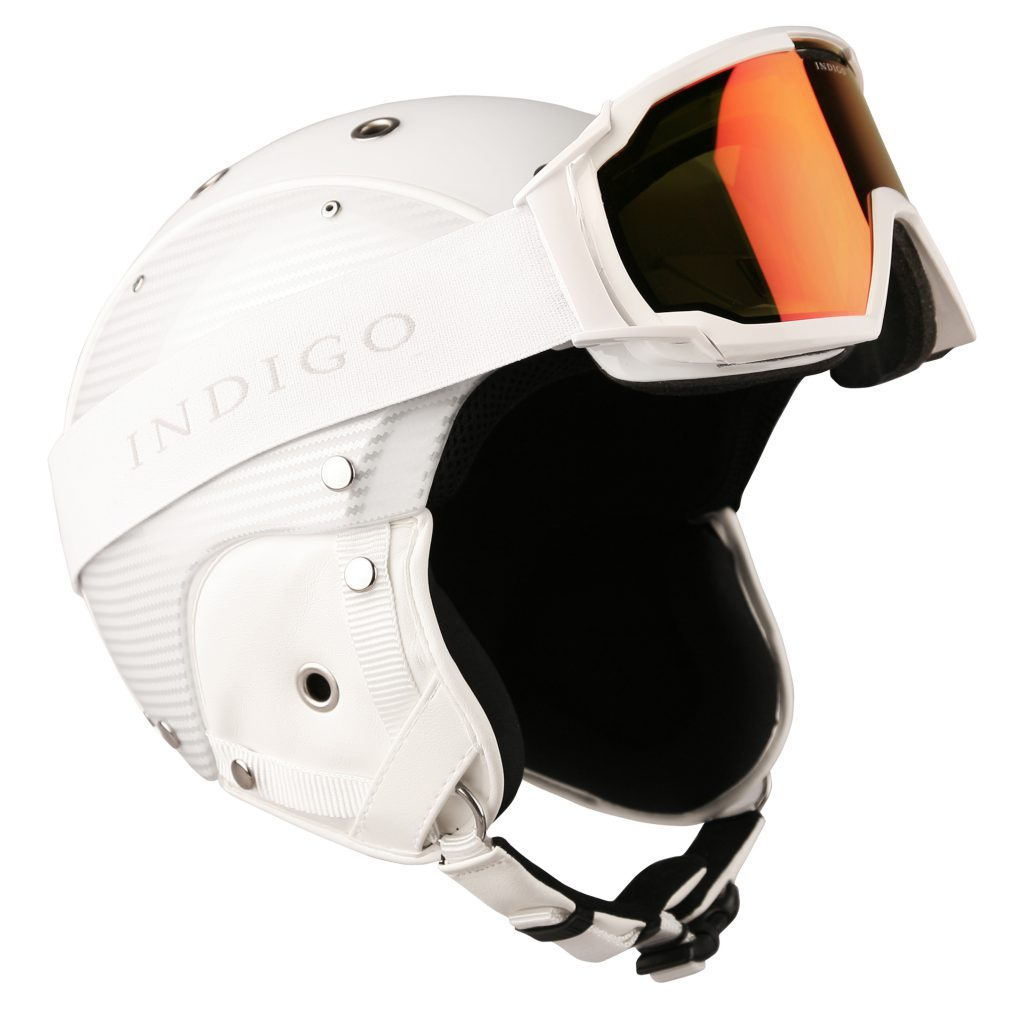 INDIGO_HELMET_CARBON_WHITE_WITH_GOGGLES